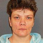 Американская бабушка приговорена к смертной казни за убийство мужа и пасынка