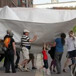 Дизайнер Франк Болтер сделал 8-метровый оригами корабль