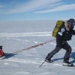 Экс-пожарник Марк Вуд хочет в одиночку покорить Южный и Северный полюс