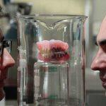 Бактерия для чистки корпусов кораблей лучше зубной пасты борется с кариесом