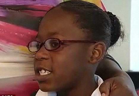 Девочка, 7 лет защитила брата 4 года от нападения