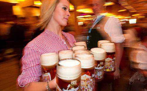 В США на кружку пива нужно работать 3 минуты
