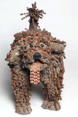 Художница создающая собак из велосипедных цепей