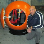 Изобретатель считает, что его аппарат поможет выживать при цунами