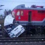 Столкновение автобуса и поезда на станции Покров. Погибло 19 человек