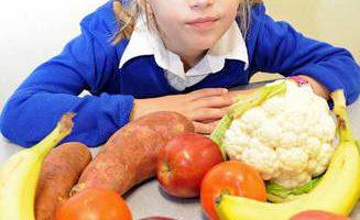 Из-за опасности повреждения мозга девочке нельзя есть белки