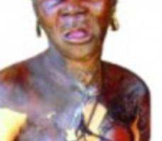 В Гане сожгли 72-летнюю женщину принимая ее за колдунью