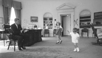 Пророчества Джона Кеннеди сбываются: документы, заметки, аудиозаписи в онлайн архиве