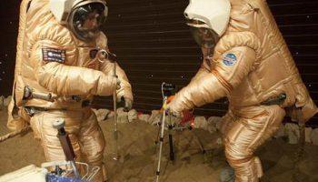 """Высадка на Марс: программа эксперимента """"Марс 500"""" продолжается"""