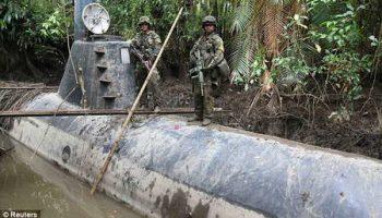 В Колумбии военные захватили подводную лодку наркоторговцев