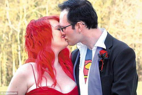 Свадьба в стиле комикса