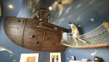 Уникальная детская комната для 6-летнего мальчика в стиле пиратского корабля