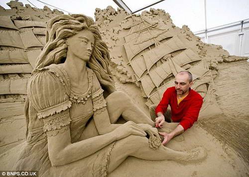 Скульптуры из песка Sandworld