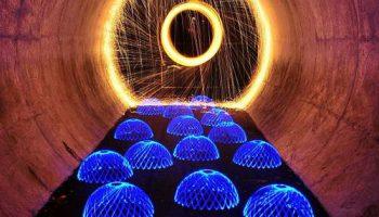 Фотоработы художника Эндрю Уайта, созданные игрой LED-источников