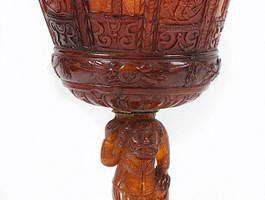 300-летний кубок из янтаря продан на аукционе за $400 тысяч
