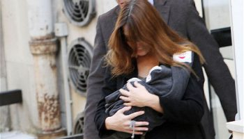 Первый выход в свет Джулии Саркози дочери Карлы Бруни-Саркози