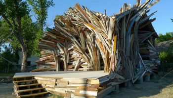 """Архитектурный стиль """"Взрыв дома"""" от Дэна Хэвела и Дина Рака"""