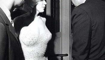 Поздравление Мэрилин Монро Дж.Кеннеди с днем рождения и его секрет