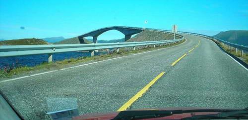 Пьяный мост в Норвегии