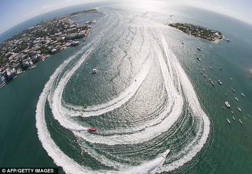водо-моторные гонки в Ки-Уэсте
