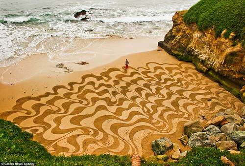Прибрежные рисунки Андреаса Амадора