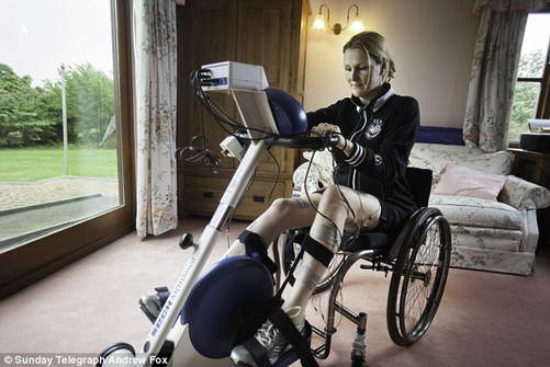 Клэр Ломас готовится к велопробегу