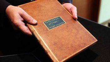"""Экземпляр """"Bill of Rights"""" Джорджа Вашингтона продан за $10 миллионов"""