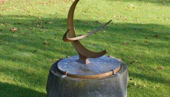 Похищена бронзовая скульптура Генри Мура стоимостью $750 тысяч