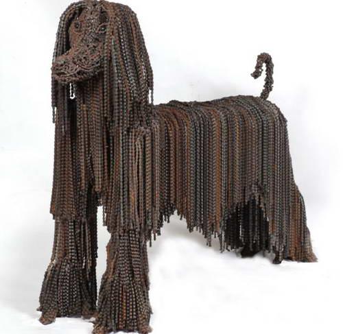 Собака из цепей