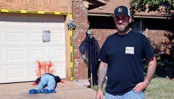 На Хэллоуин американец устроил прикол из-за чего соседи вызвали 911