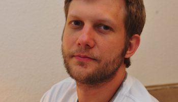 Борис Корчевников болен раком мозга и теряет слух