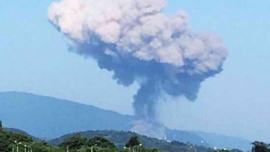 Абхазия. Взрыв боеприпасов военного арсенала