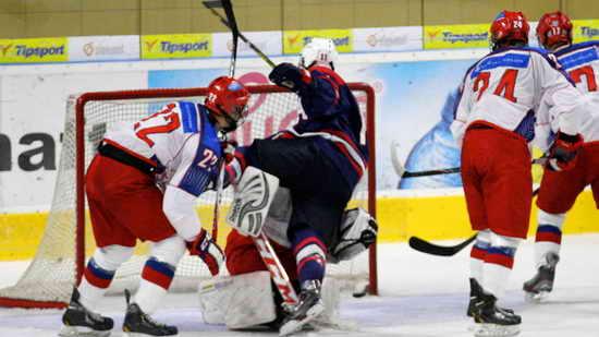 Хоккей Мемориал Ивана Глинки