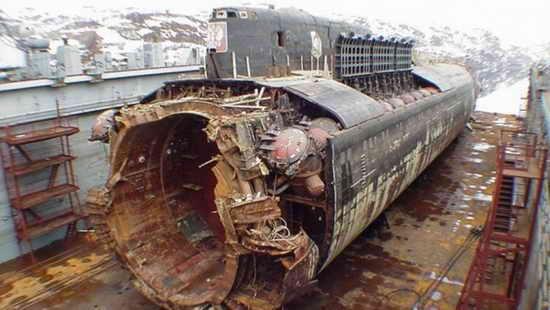 АПЛ Курск погибла 12 августа 2000 года