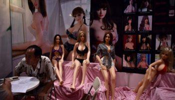 Самая большая ярмарка секс-игрушек Asia Adult Expo 2017 открылась в Гонконге