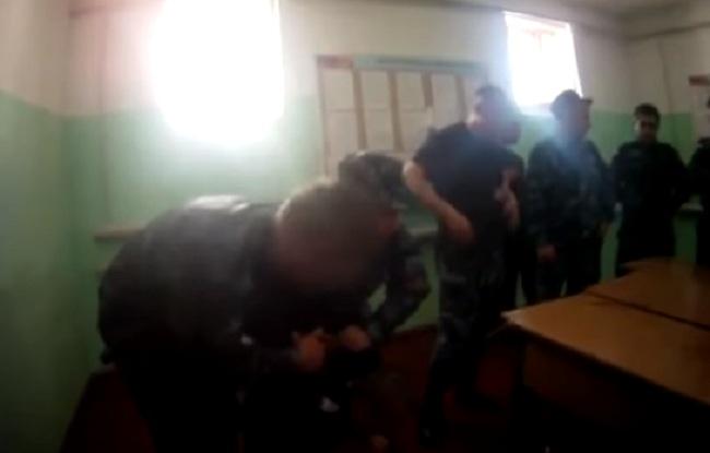 """Пытки над заключенными в ФСИН """"ИК-1"""" по Ярославской области"""