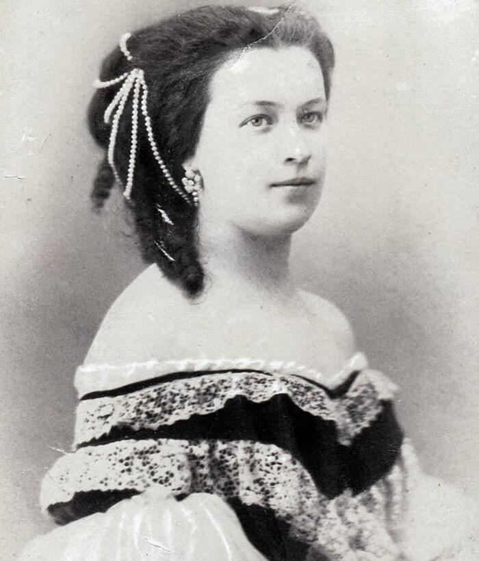 Наташа Пушкина