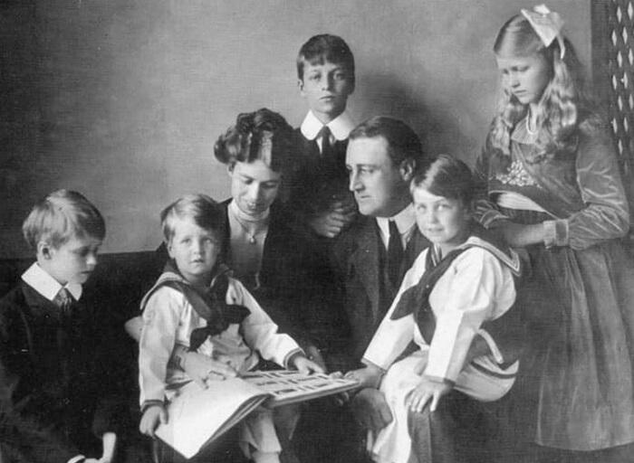 Франклини Элеонора Рузвельт с детьми