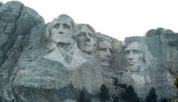 Гора Рашмор: история, какие президенты изображены