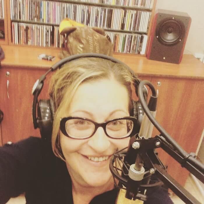 Алиса Шер на радио