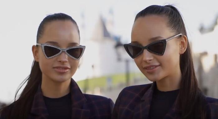 Блогерши-близняшки из Казани Аделя и Алина Фатхеевы