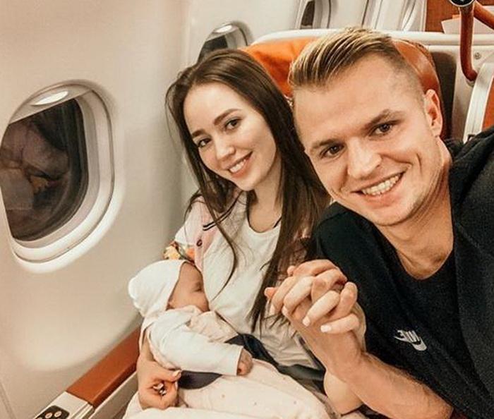 Анастасия Костенко, Дмитрий Тарасов и дочь Милана