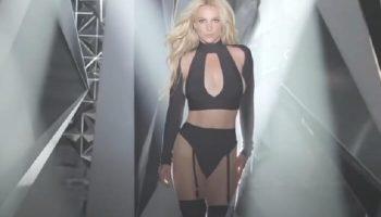 Бритни Спирс снова на вершине чартов с песней «Mood Ring»