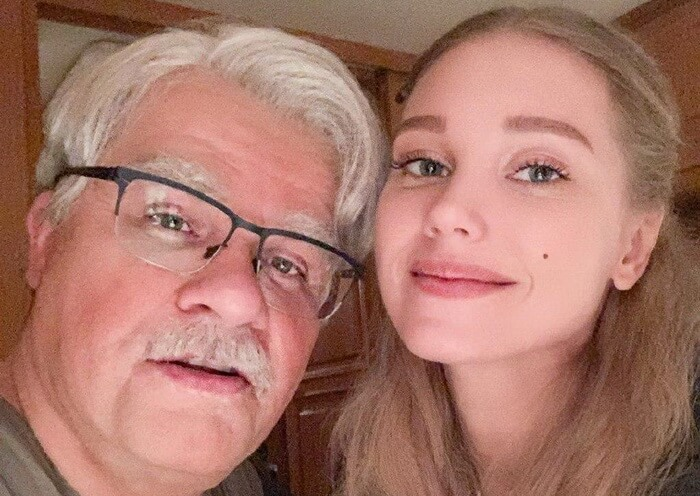 "Гарик ""Куколд"" Харламов и Кристина Асмус синхронно заявили о разводе"