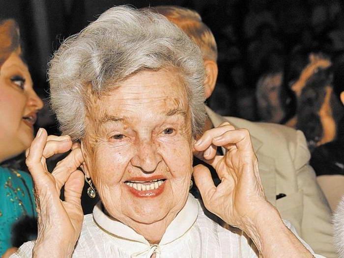 Народная артистка РСФСР, пианистка, певица и композитор Людмила Лядова