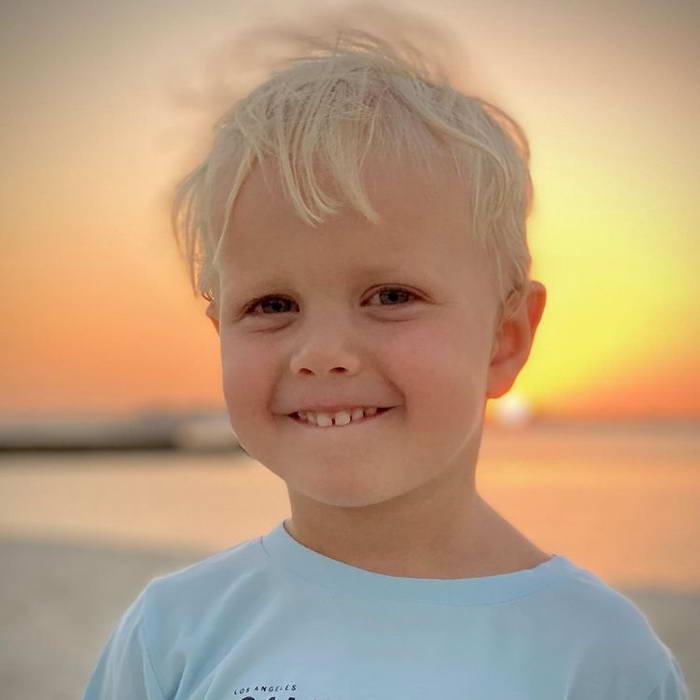 Платон 4 года сын Ксении Собчак родился 18 ноября 2016
